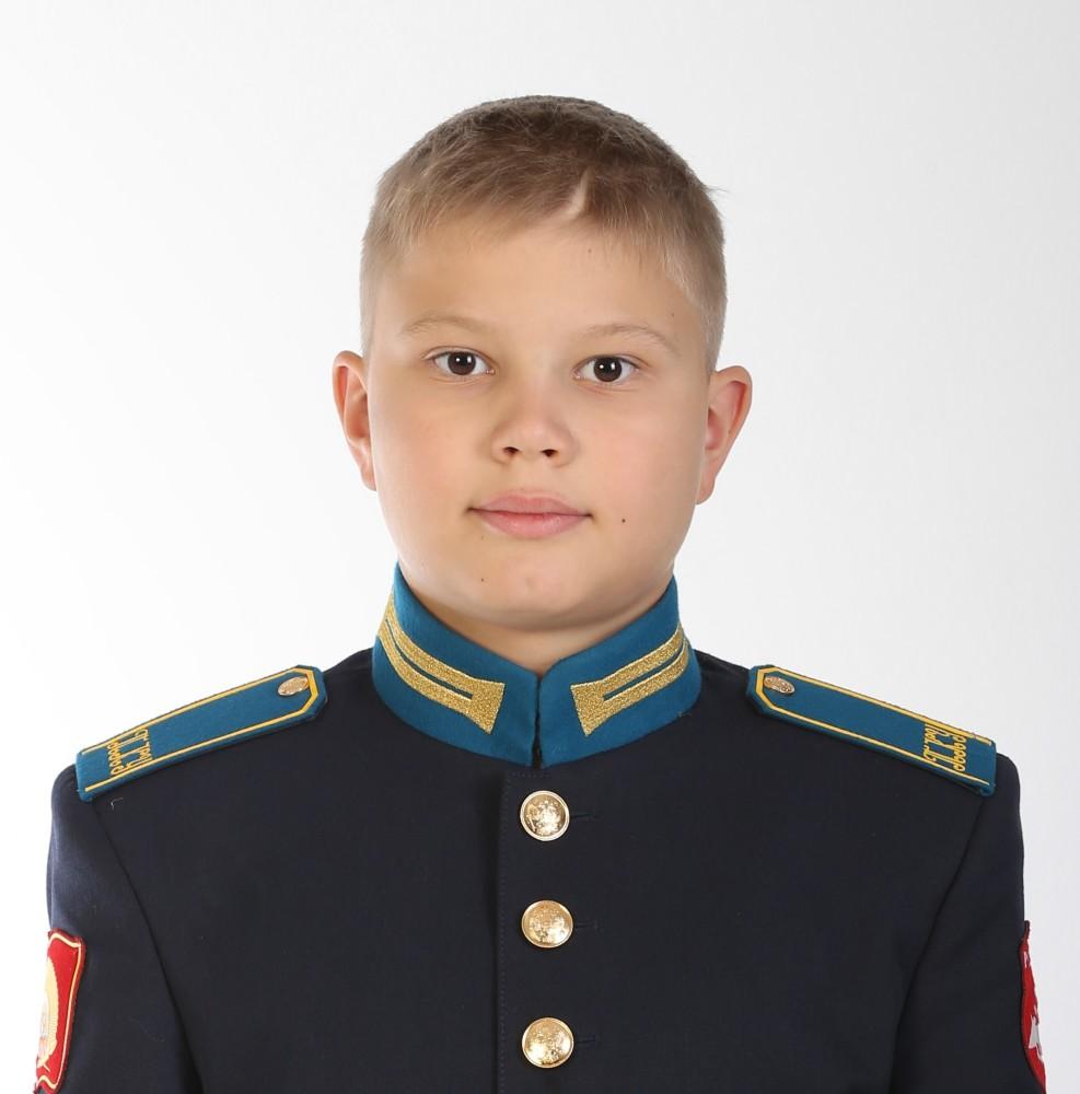 Токмаков Артем
